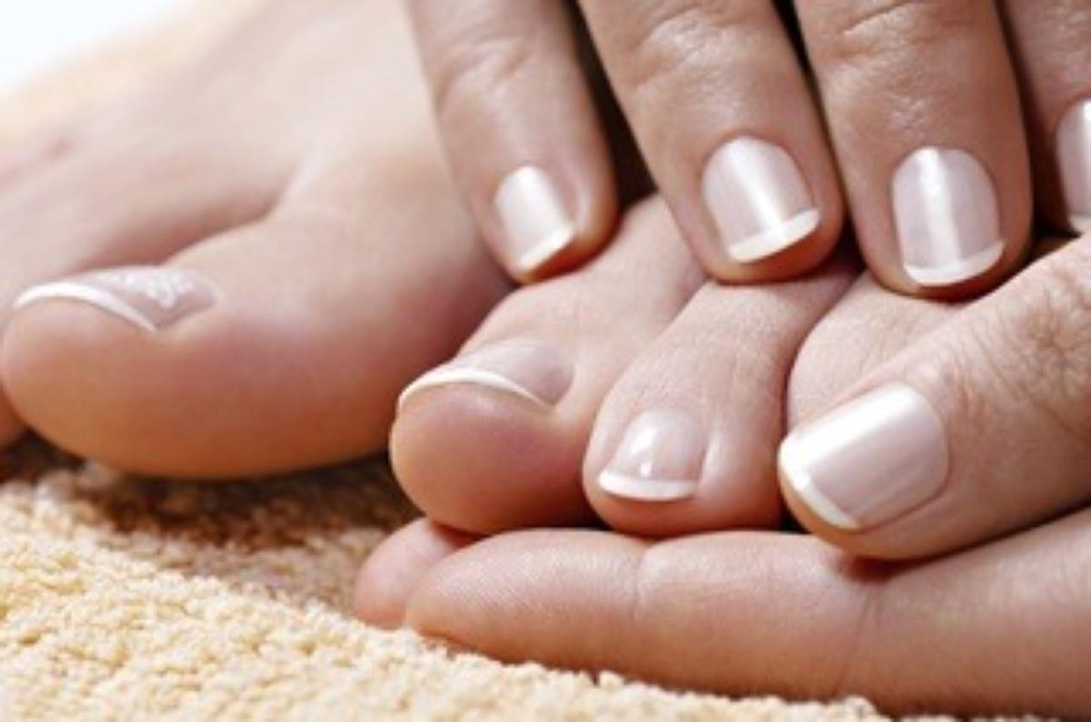 Чем обработать ванну при грибке ногтей