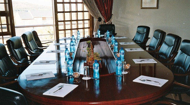 Vaalnest Boutique Hotel Boardroom